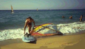 Surfer am Strand von Algajola