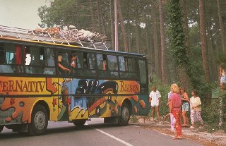 Graffiti-Bus with bicycles in Moliets Plage
