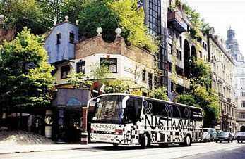 Der Hundertwasser-Bus in Wien